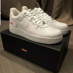 Supreme Nike Air Force 1 Collab